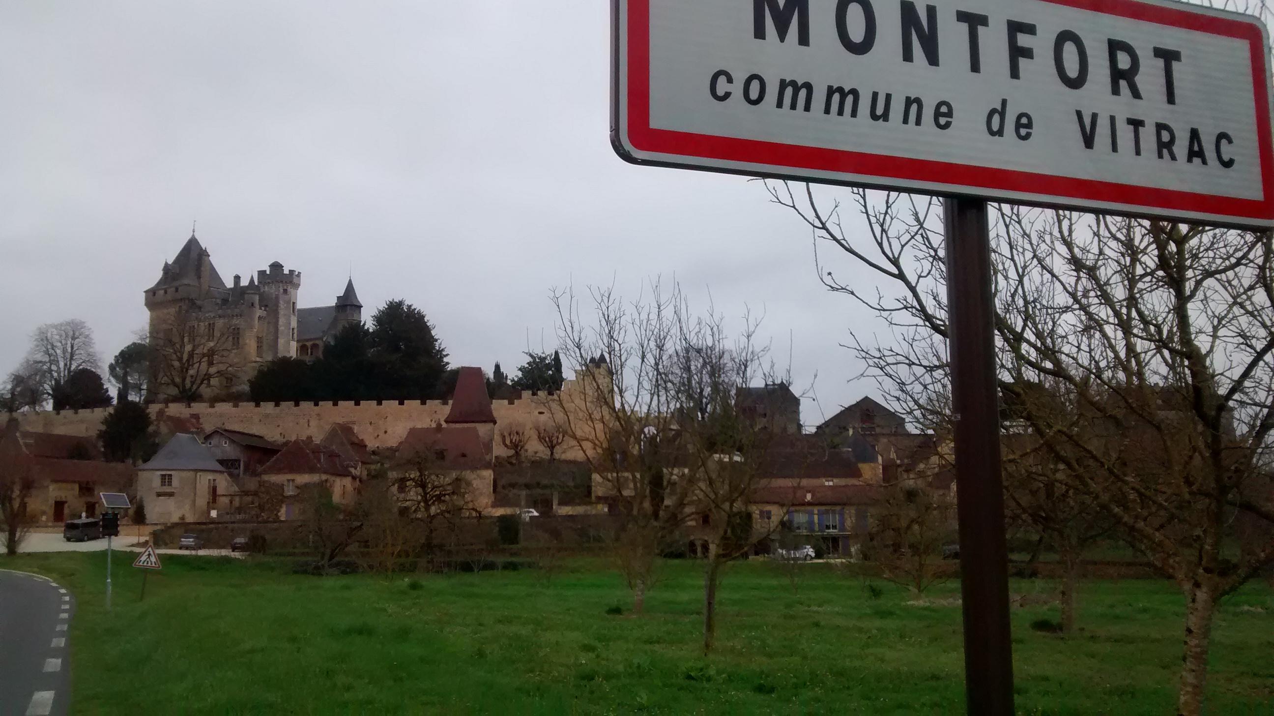 Stage Périgord 2017 - La pancarte de Montfort