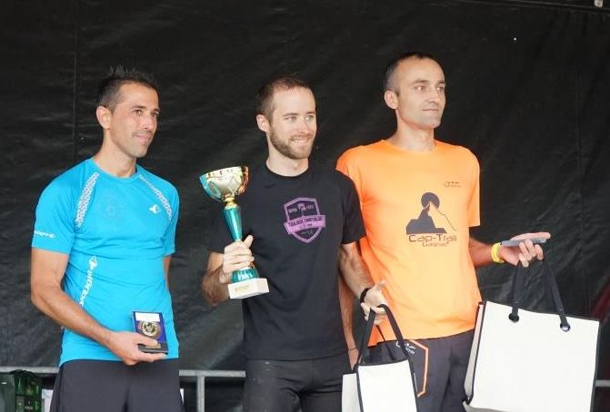 Florian sur le podium du BisCoteaux Trail 2018